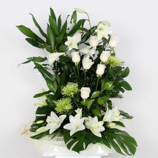 Centro de flor variado   Trébol Floristas